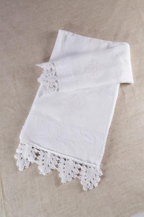 Art-11 set asciugamani spugna e lino con pizzo pistoccu bianco