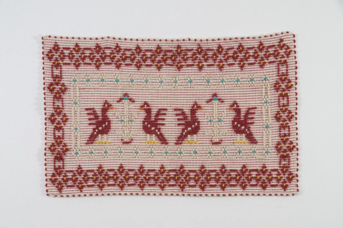 Art-6 arazzo lana pavoncelle bordeaux